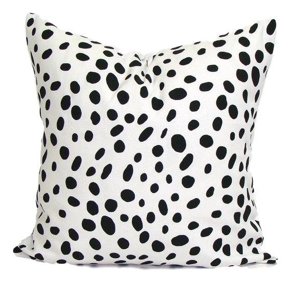 Photo 2 - Black polka dot pillow